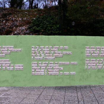 Stihovima na keramici uljepšali javni prostor
