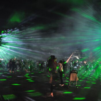 TESLA – POWER OF LIGHTS